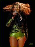 Beyonce Knowles Bigger, but I dunno...maybe fake. Foto 568 (����� ����� �������, �� � ���� ... ����� ���� ����������. ���� 568)