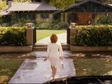 Jane Fonda, Monster in Law caps x10, white dress