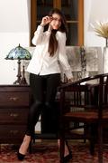 http://img17.imagevenue.com/loc583/th_094473485_SexArt_Ebrede_Lorena_B_medium_0001_123_583lo.jpg