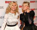 http://img17.imagevenue.com/loc889/th_50935_2008-09-18_6th_Annual_Teen_Vogue_Young_Hollywood_Party_HQ003_122_889lo.jpg